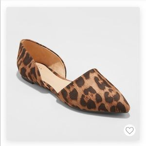 A New Day Rebecca pointed flats, leopard, NWT